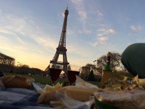 Picnic_Tour_Eiffel